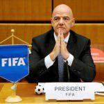 إصابة رئيس الاتحاد الدولي لكرة القدم بكورونا