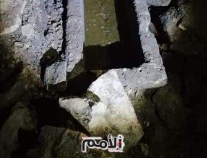 العثور على توابيت حجرية ونقوش اثرية اسفل منزل في اربد